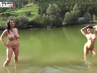 golie-tolpi-otdihayut-foto-porno-ogromnih-telok