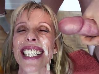 Старушки дамы сперма в рот