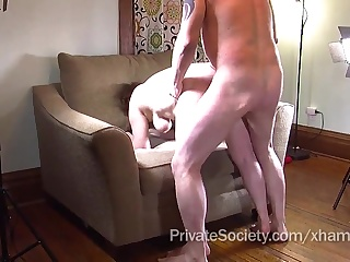 Снятое скрытно частное ххх видео короля порно