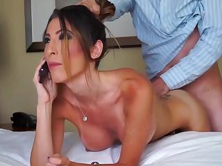 Порно измена молодых с негром сериал