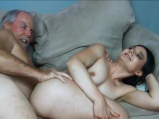 Эротическое видео онлайн красивое старые и молодые, женщины за сорок ебутся