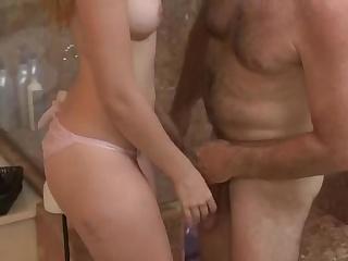 Зрелые с оттопыренными сиськами подборки порно видео