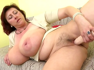 Порно видео громадные груди