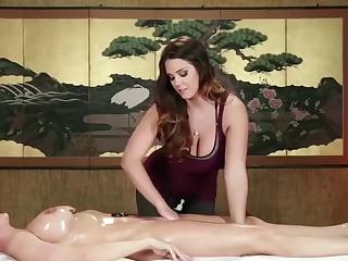 Порно массаж