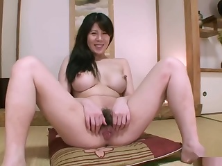 Порнофильмы порно видео азиатки с членом куни чулках